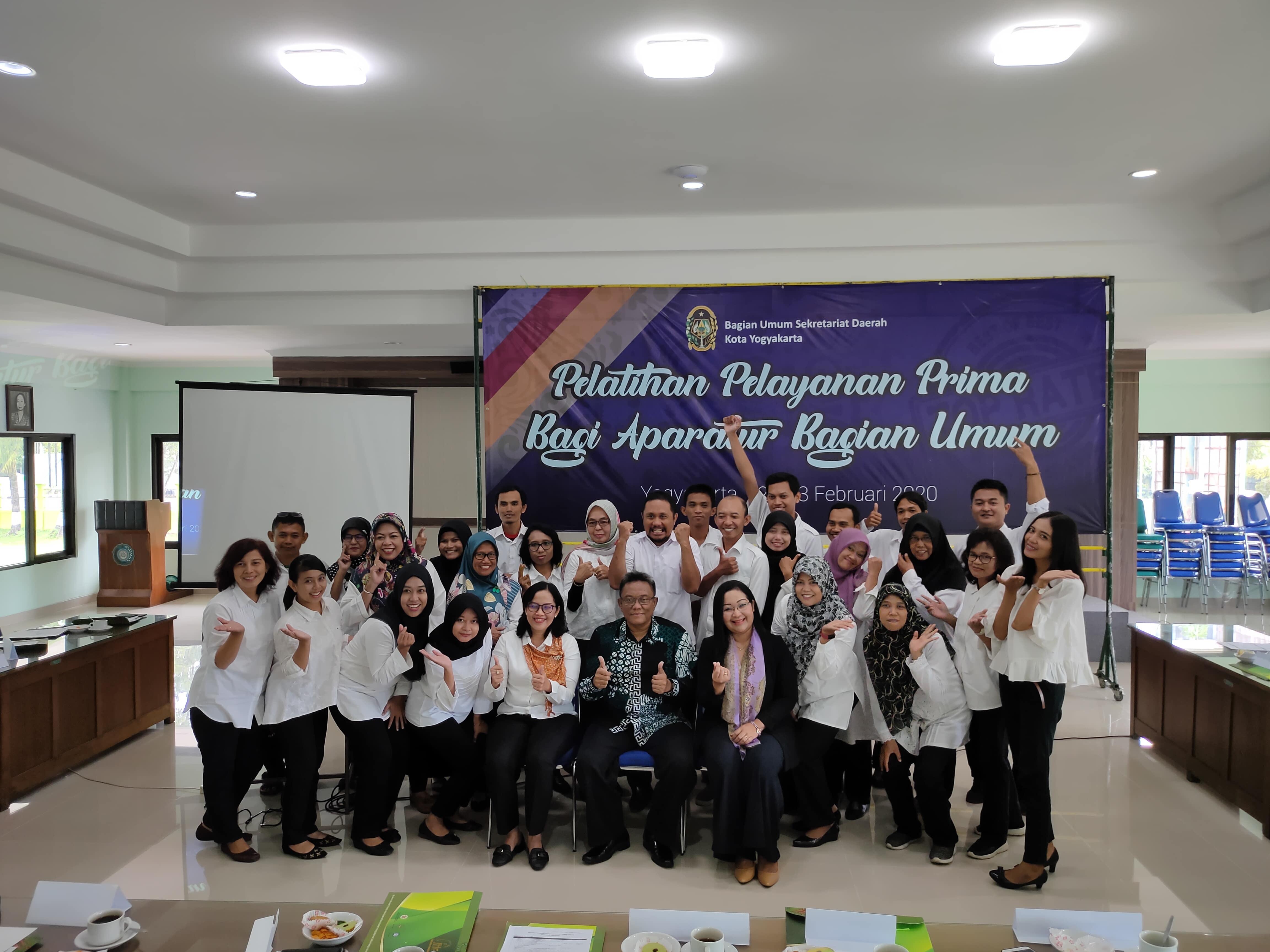 Pelatihan Pelayanan Prima Bagian Umum bersama Bapak Sekretaris Daerah Kota Yogyakarta