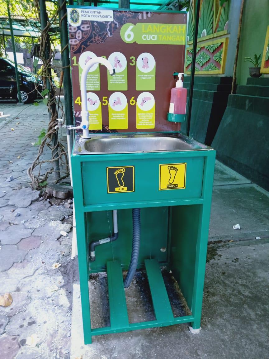 Tempat Cuci Tangan yang disiapkan oleh Bagian Umum